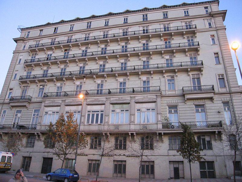 800px-Pera_Palas_Hotel_Istanbul_2